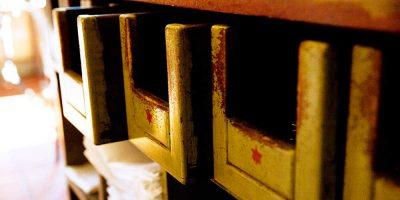 Ristorante Il Montalcino dettaglio cassetti